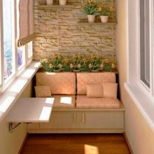 Как сделать уютный диван для балкона – практические советы