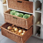 шкаф для овощей на балконе