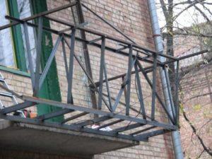 Пол на балконе как поднять