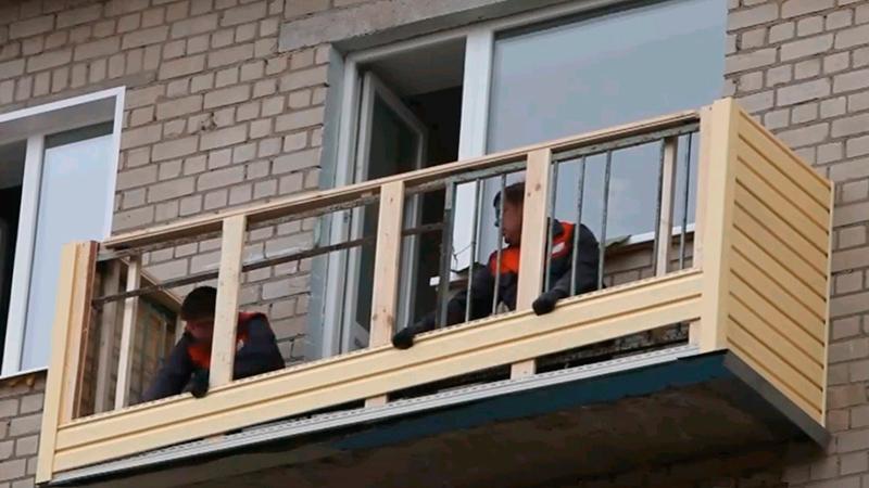 Как своими руками обшить сайдингом балкон