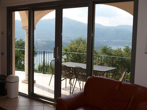 раздвижные стеклянные двери для балкона