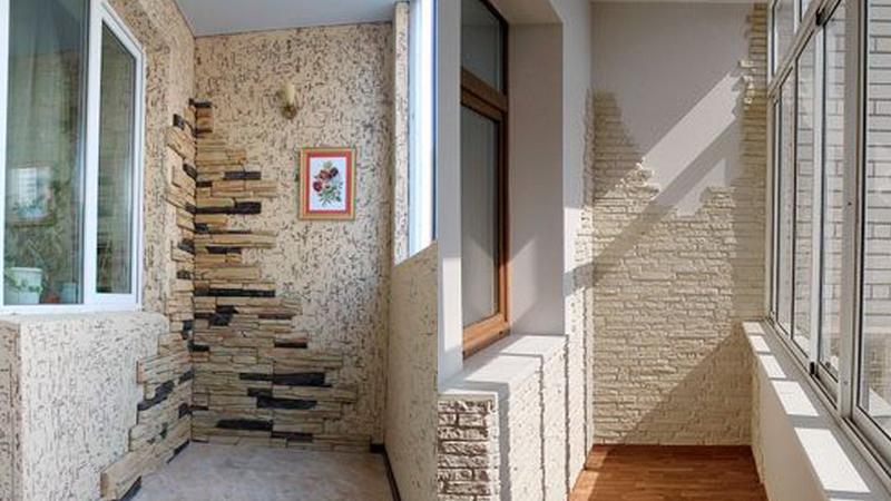 Дизайн лоджии искусственный камень