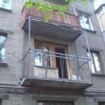 как застеклить балкон в хрущевке самому