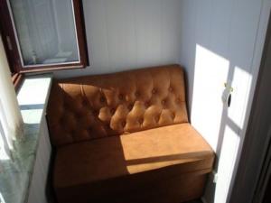 маленькие диваны на балкон
