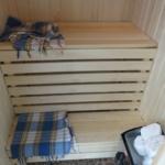 вид готовой бани на балконе