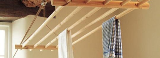 сушилка на балконе потолочная своими руками