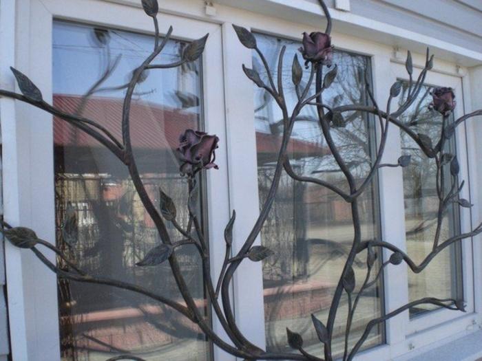дизайнерская решетка на окно
