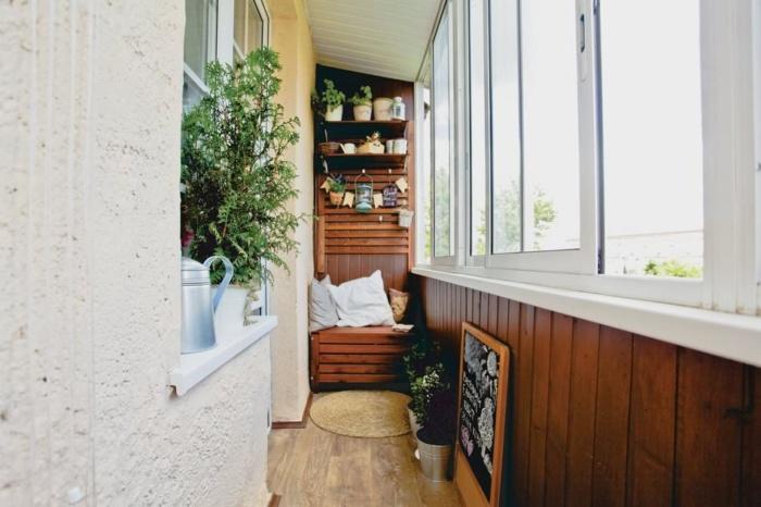 дизайн балкона в английском стиле