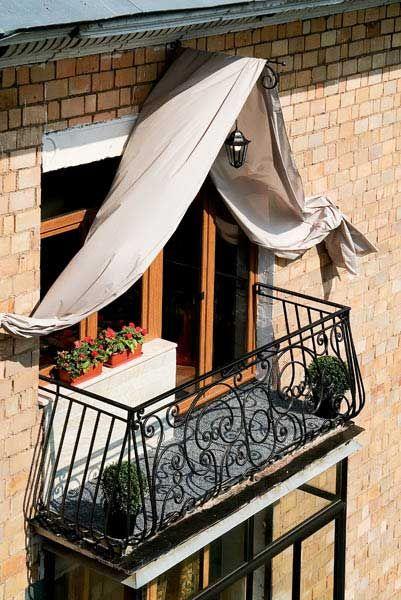 Дизайн балкона в японском, английском, французском и итальян.