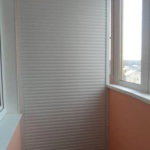шкаф с рольставнями на балкон