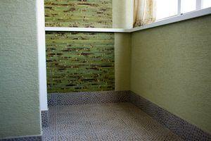 зеленая штукатурка стен