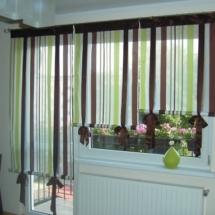 Зеленые шторы для кухни