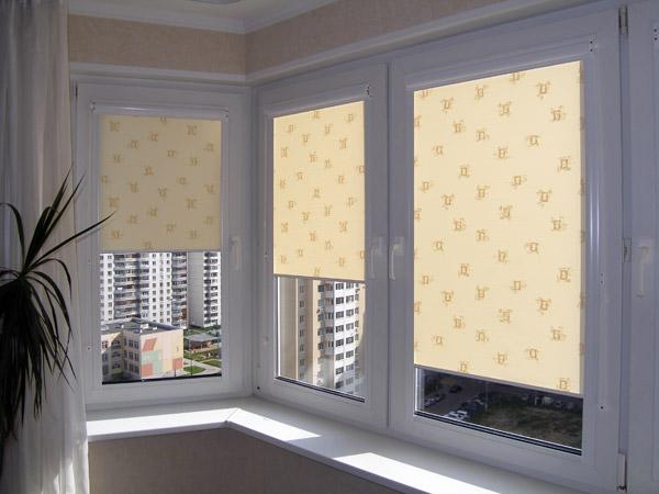 рулонные шторы на балкон фото