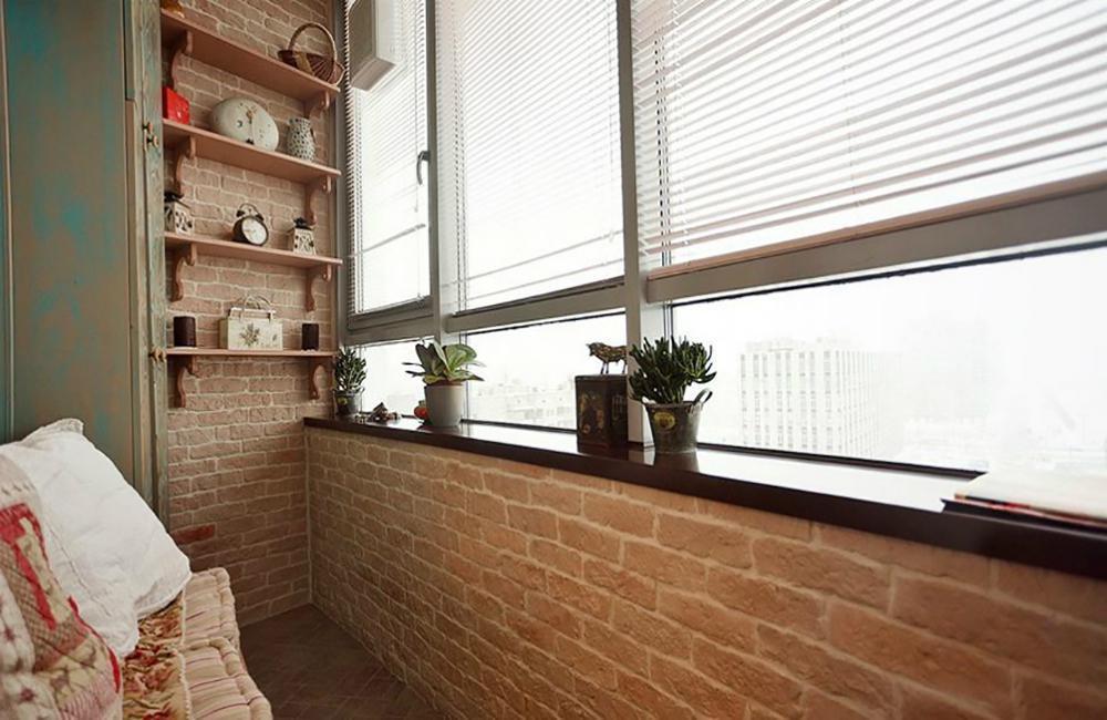 кирпичная кладка на балконе