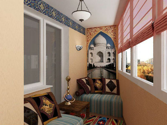балкон в восточном стиле с кальяном