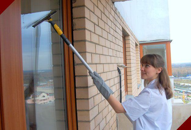 как мыть окна на балконе