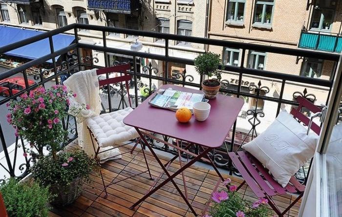 Балкон французского стиля