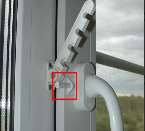 фиксатор на окна